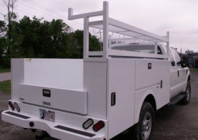 33. Stahl 9' Challenger ST with Custom Built Rack