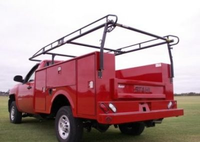 34. 8' Stahl Body with Kargo Master Rack