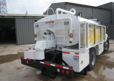 40.Custom Fire Tank Truck
